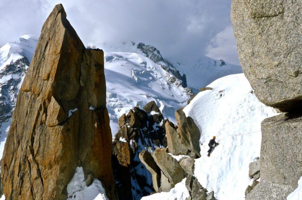 Grań Cosmiques, Aig Du Midi 3842m, rejon Chamonix na filmie.